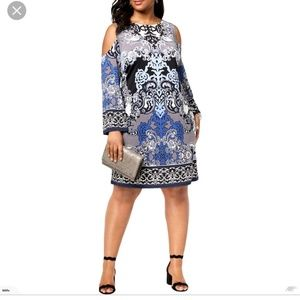 NWT- beautiful cold shoulder scroll print dress
